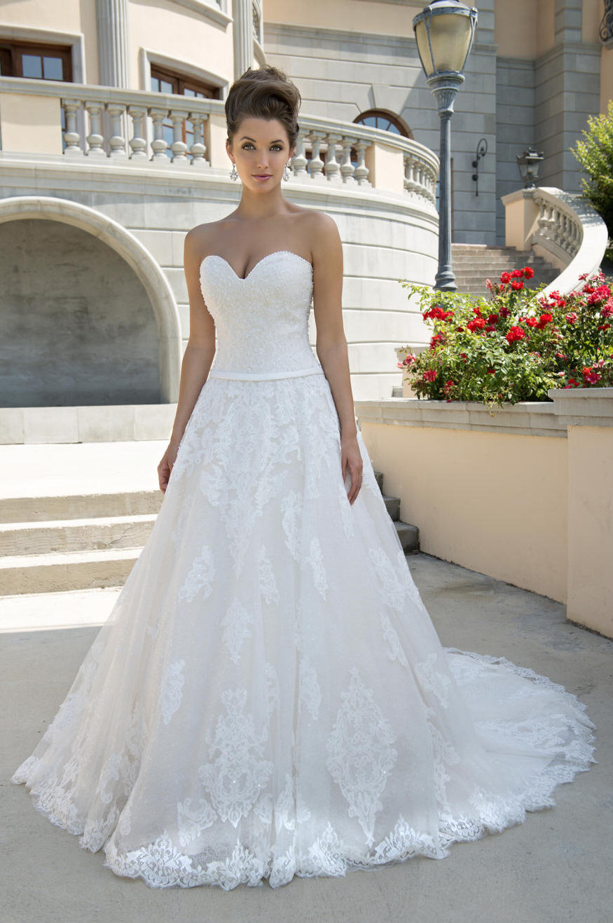 Wedding Gowns - Ivory